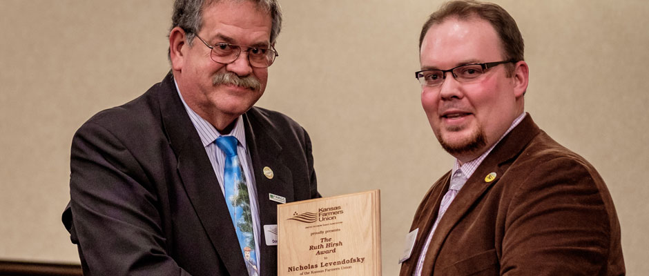 Levendofsky Receives 2015 Ruth Hirsch Award