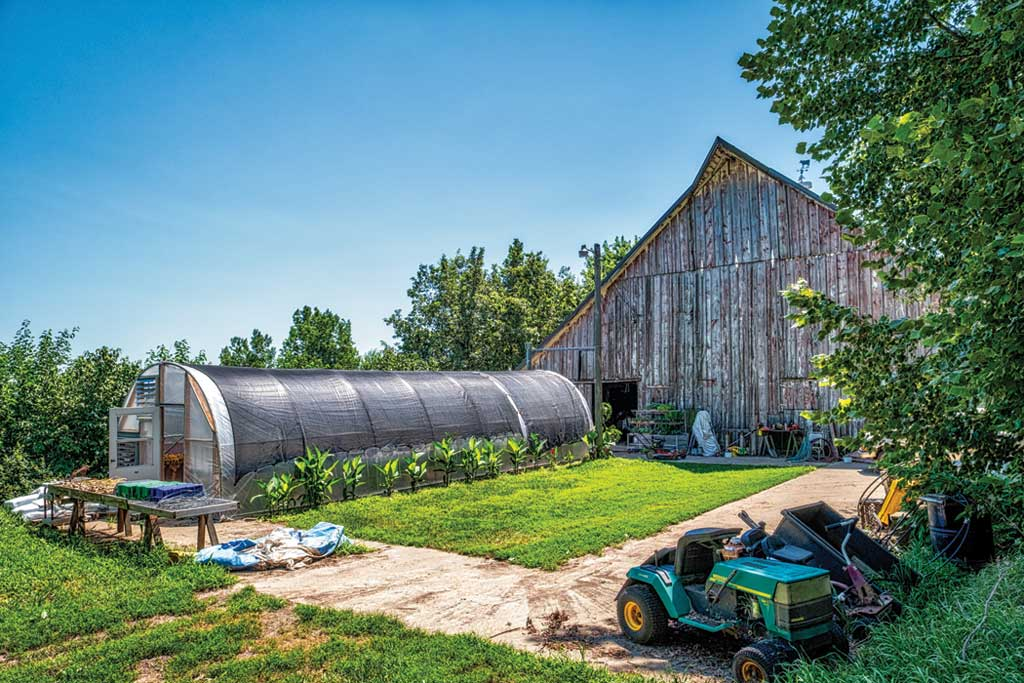 Outside the Box Tour: Rolling Acres Farm