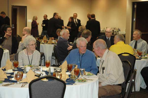 Pat and Herb Bartel joined more than 100 KFU members at the convention banquet.